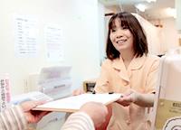富田林市くめ鍼灸整骨院の受付