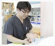 富田林市金剛駅くめ鍼灸整骨院交通事故検査で痛みの部位を確定